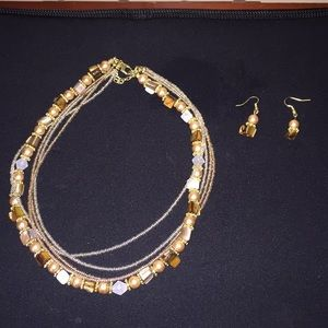 Beaded necklace & earring set